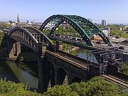 By Sandra - originally posted to Flickr as Wearmouth Bridge, Sunderland, CC BY 2.0, https://commons.wikimedia.org/w/index.php?curid=13665333